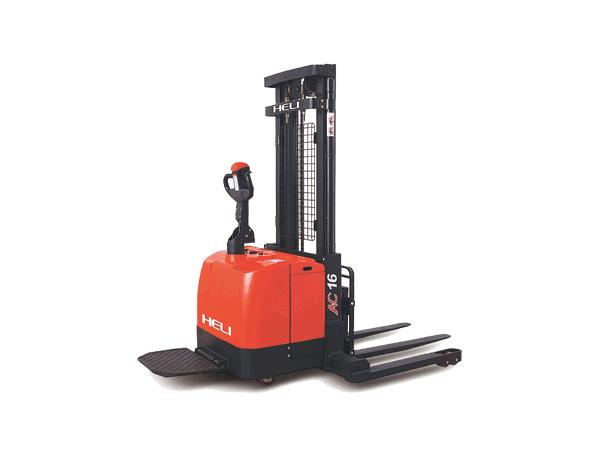 G系列 1.6吨重型门架宽腿电动堆垛车